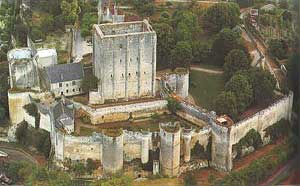 http://www.casteland.com/images/chateau/loches/loches001.jpg